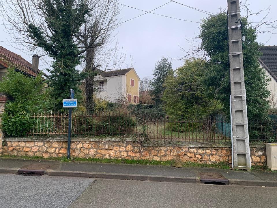 Terrains du constructeur MAISONS FRANCE CONFORT • 227 m² • LES CLAYES SOUS BOIS