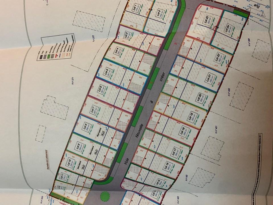 Terrains du constructeur MAISONS FRANCE CONFORT • 264 m² • BREVAL