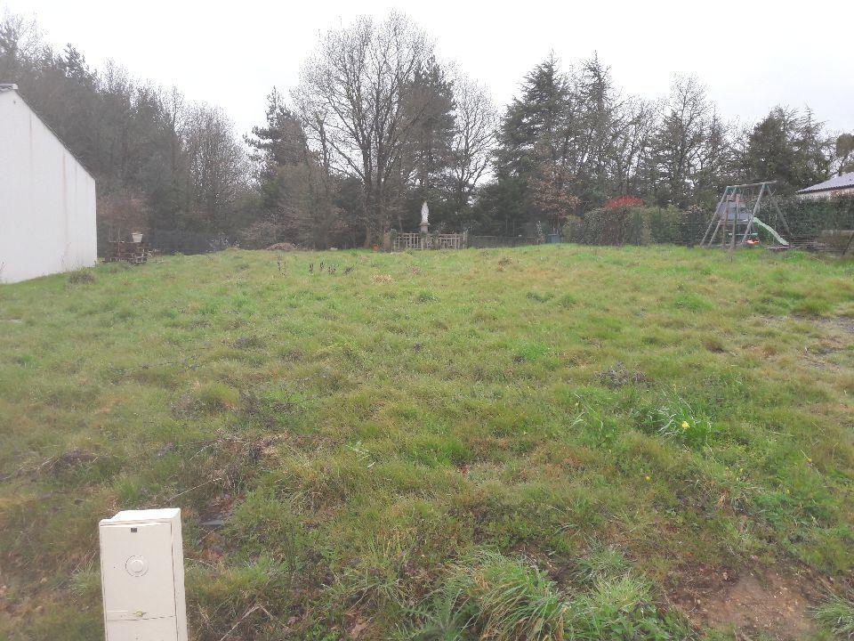 Terrains du constructeur LMP CONSTRUCTEUR • 653 m² • MACHE