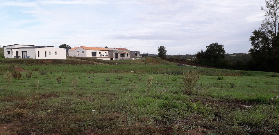 Terrains du constructeur LMP CONSTRUCTEUR • 454 m² • LES LUCS SUR BOULOGNE