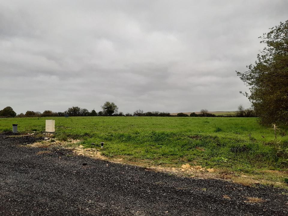 Terrains du constructeur LMP CONSTRUCTEUR • 554 m² • POIROUX