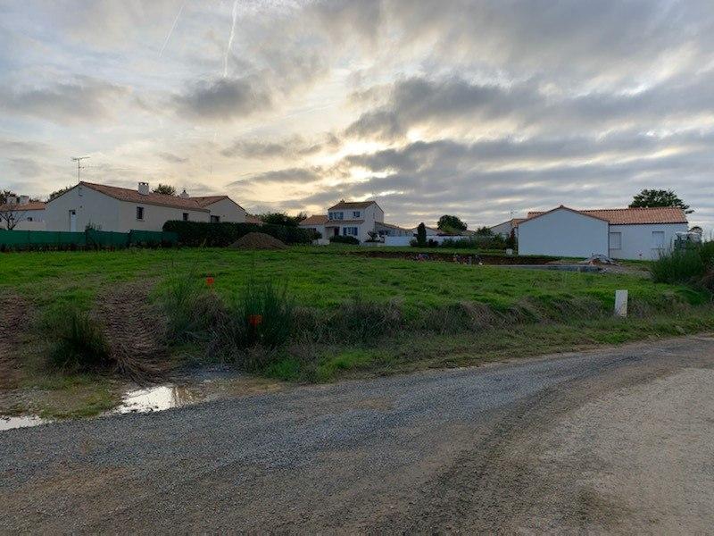 Terrains du constructeur LMP CONSTRUCTEUR • 554 m² • FOUGERE