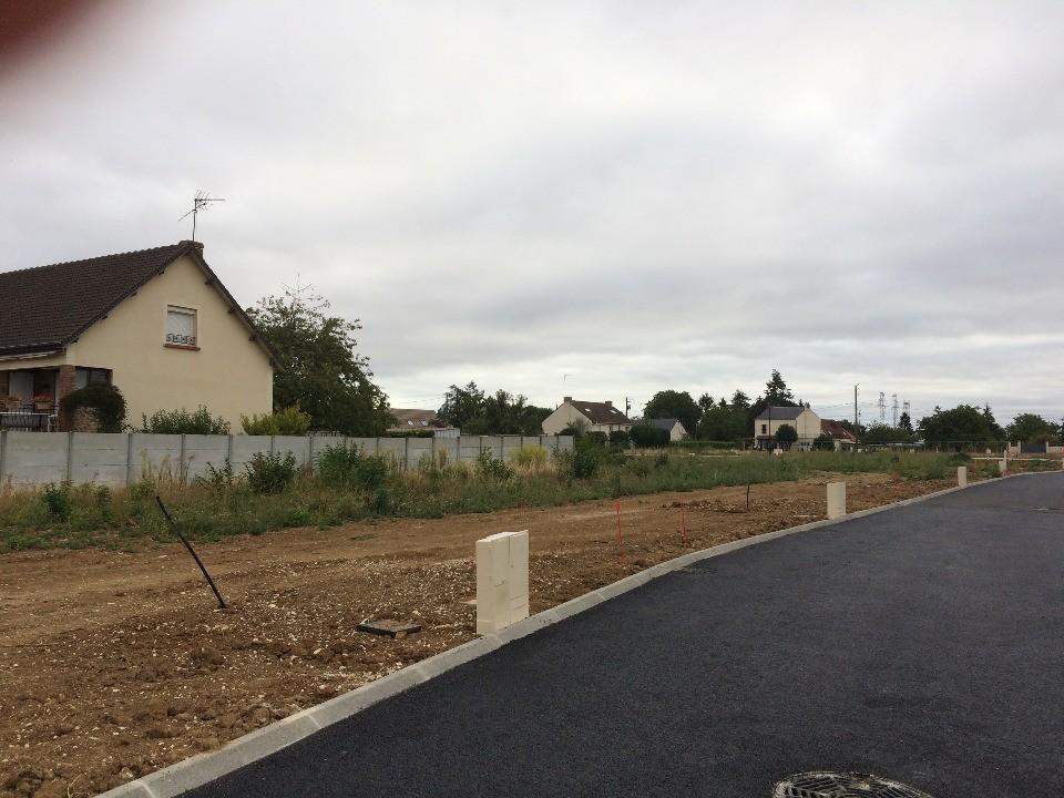 Terrains du constructeur MAISONS FRANCE CONFORT • 304 m² • PUSSAY