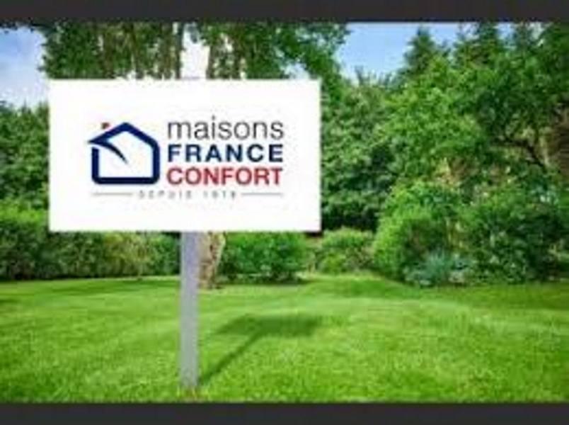 Terrains du constructeur MAISONS FRANCE CONFORT • 742 m² • MAINVILLIERS