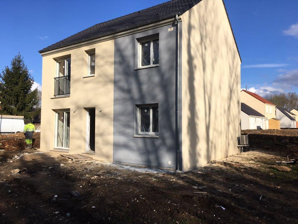 Maisons du constructeur MAISONS PIERRE  BEAUVAIS • 110 m² • VAUREAL