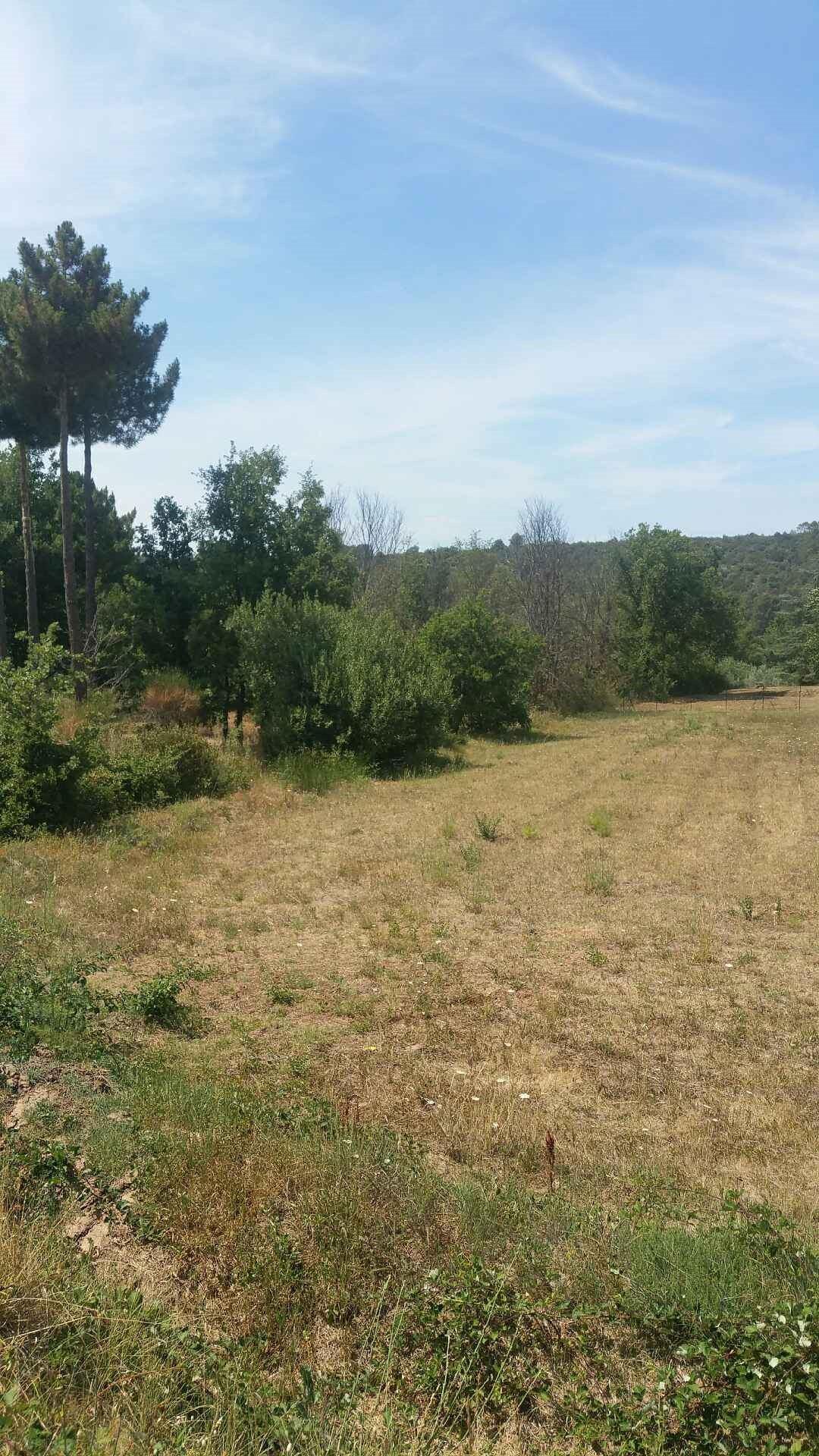 Terrains du constructeur SAS MAISONS BLANCHES • 1500 m² • PONTEVES