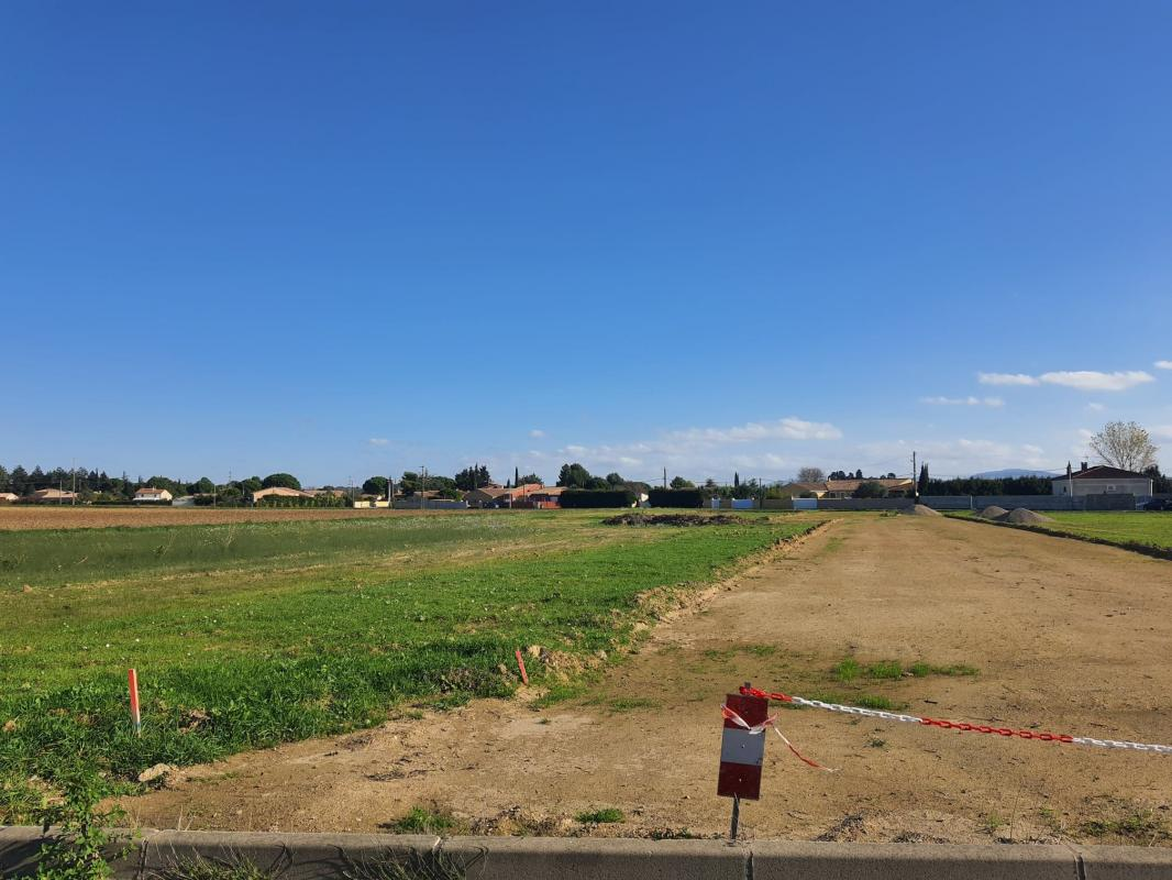 Terrains du constructeur SM MAISON • 430 m² • VILLEMOUSTAUSSOU
