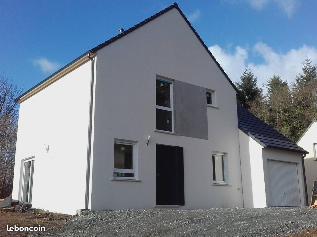 Maisons + Terrains du constructeur MAISONS PHENIX • 90 m² • CORDEMAIS