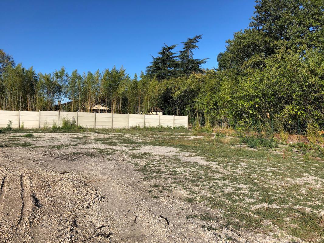 Terrains du constructeur GIB CONSTRUCTION • 525 m² • LEOGNAN