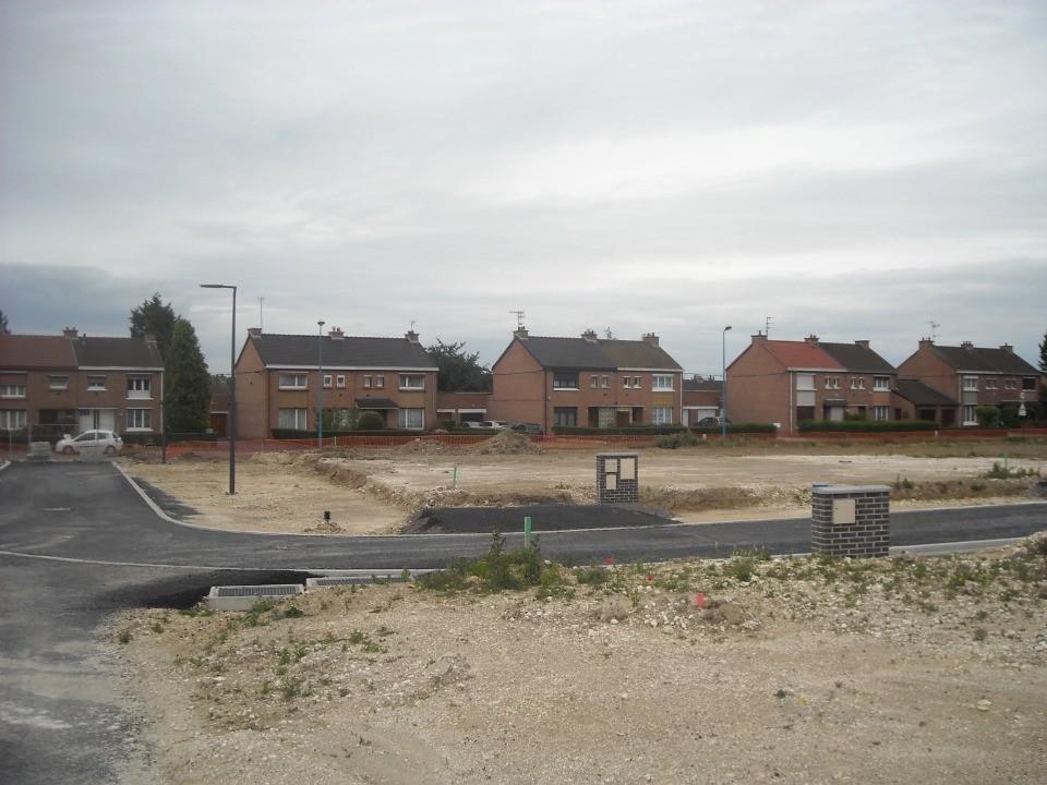 Terrains du constructeur MAISONS FRANCE CONFORT • 400 m² • SAINS EN GOHELLE