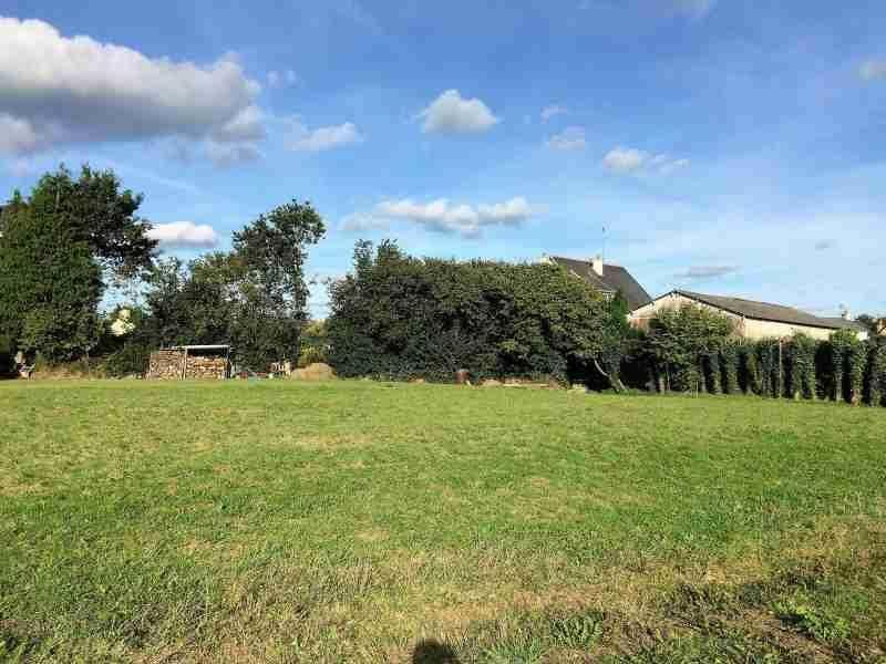 Terrains du constructeur MAISONS FRANCE CONFORT • 1287 m² • SURVILLE