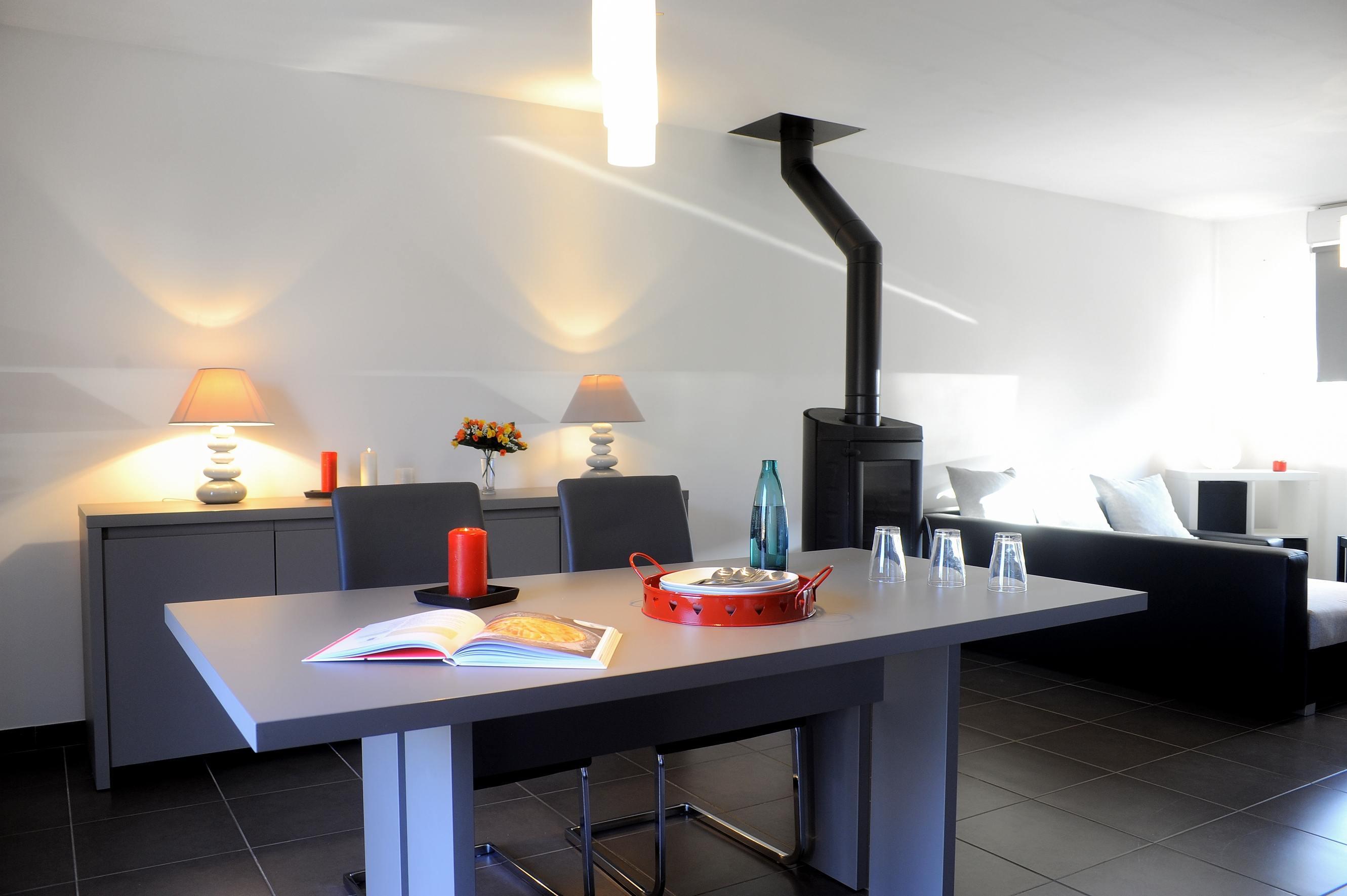 Maisons + Terrains du constructeur MAISONS PHENIX • 107 m² • ERCE EN LAMEE