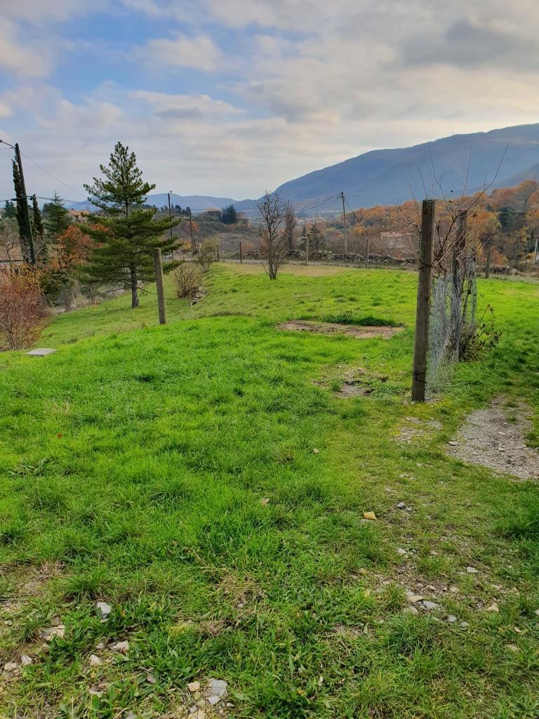 Terrains du constructeur TRADICONCEPT • 1200 m² • SAINT PRIEST