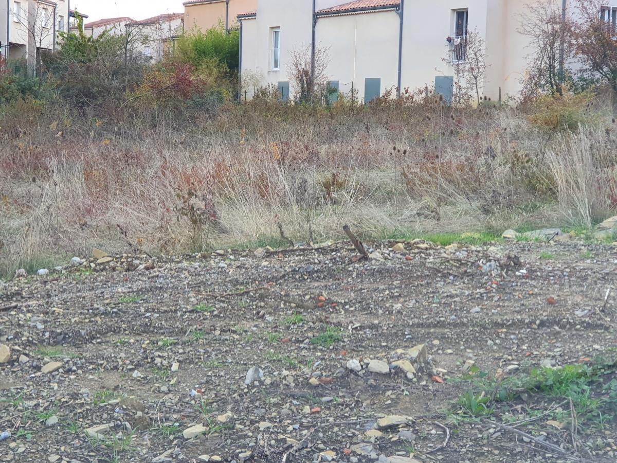 Terrains du constructeur TRADICONCEPT • 720 m² • PRIVAS