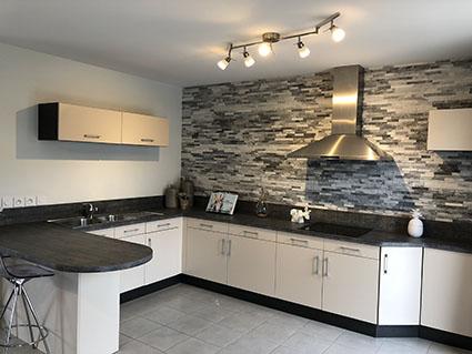 Maisons du constructeur MAISONS PIERRE  ANGERS • 138 m² • AVRILLE
