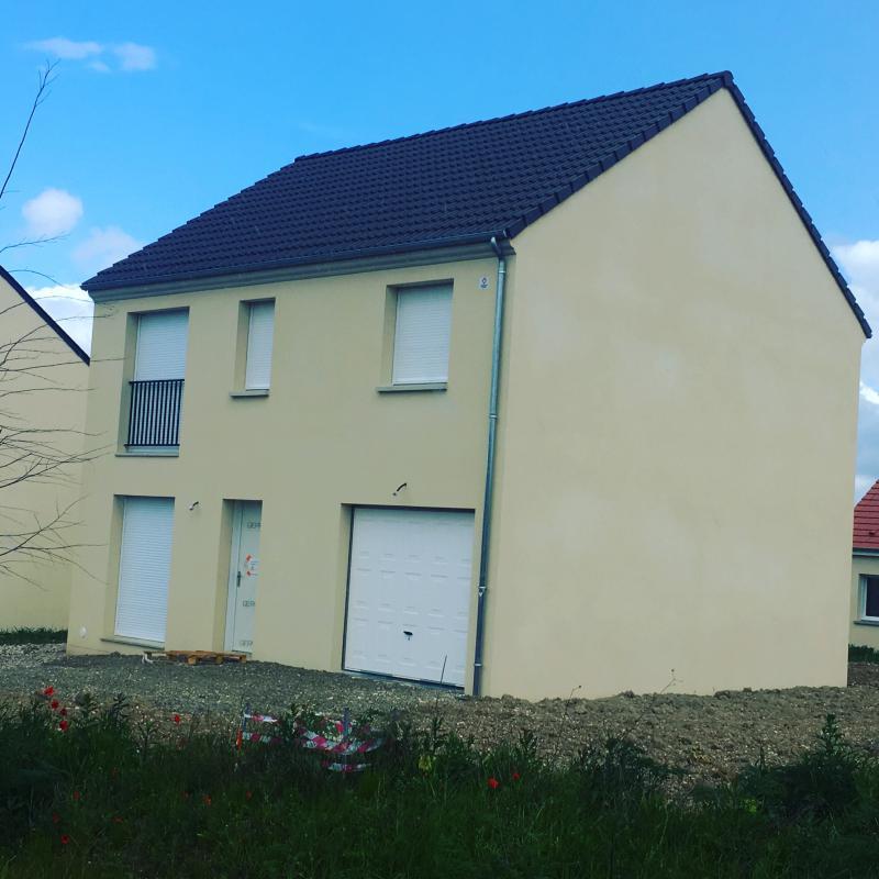 Maisons du constructeur MAISONS PIERRE MELUN • 95 m² • VERT SAINT DENIS