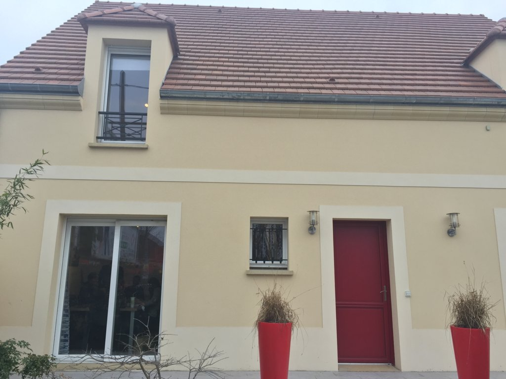 Maisons du constructeur MAISONS PIERRE PUISEUX PONTOISE • 103 m² • ABLEIGES