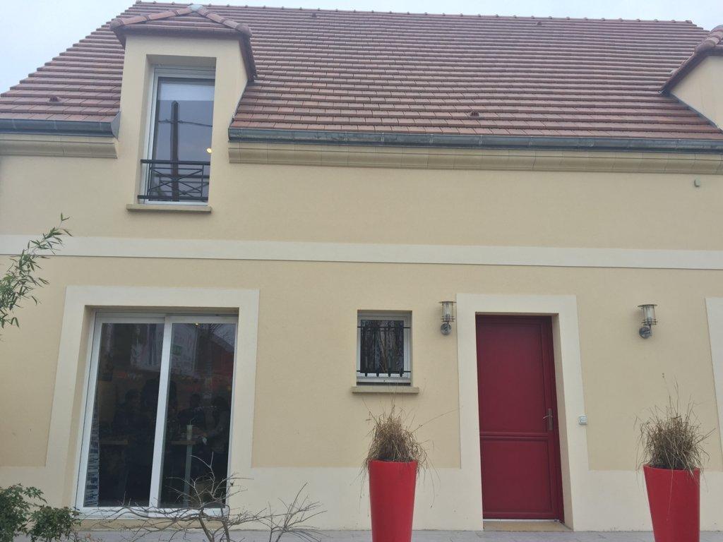 Maisons du constructeur MAISONS PIERRE PUISEUX PONTOISE • 103 m² • AINCOURT