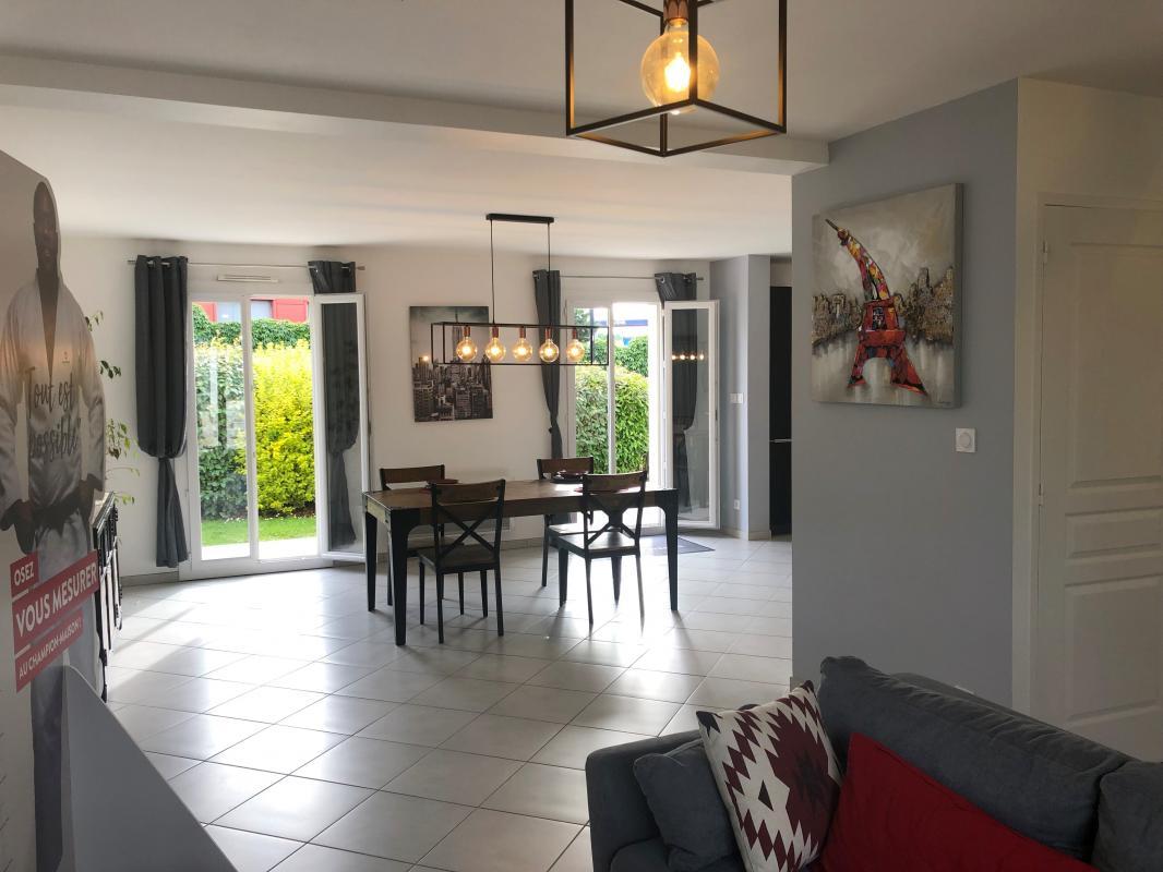 Maisons du constructeur MAISONS PIERRE PUISEUX PONTOISE • 106 m² • SAINT OUEN L'AUMONE