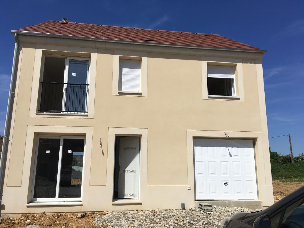 Maisons du constructeur MAISONS PIERRE MONTEVRAIN • 95 m² • PONTCARRE