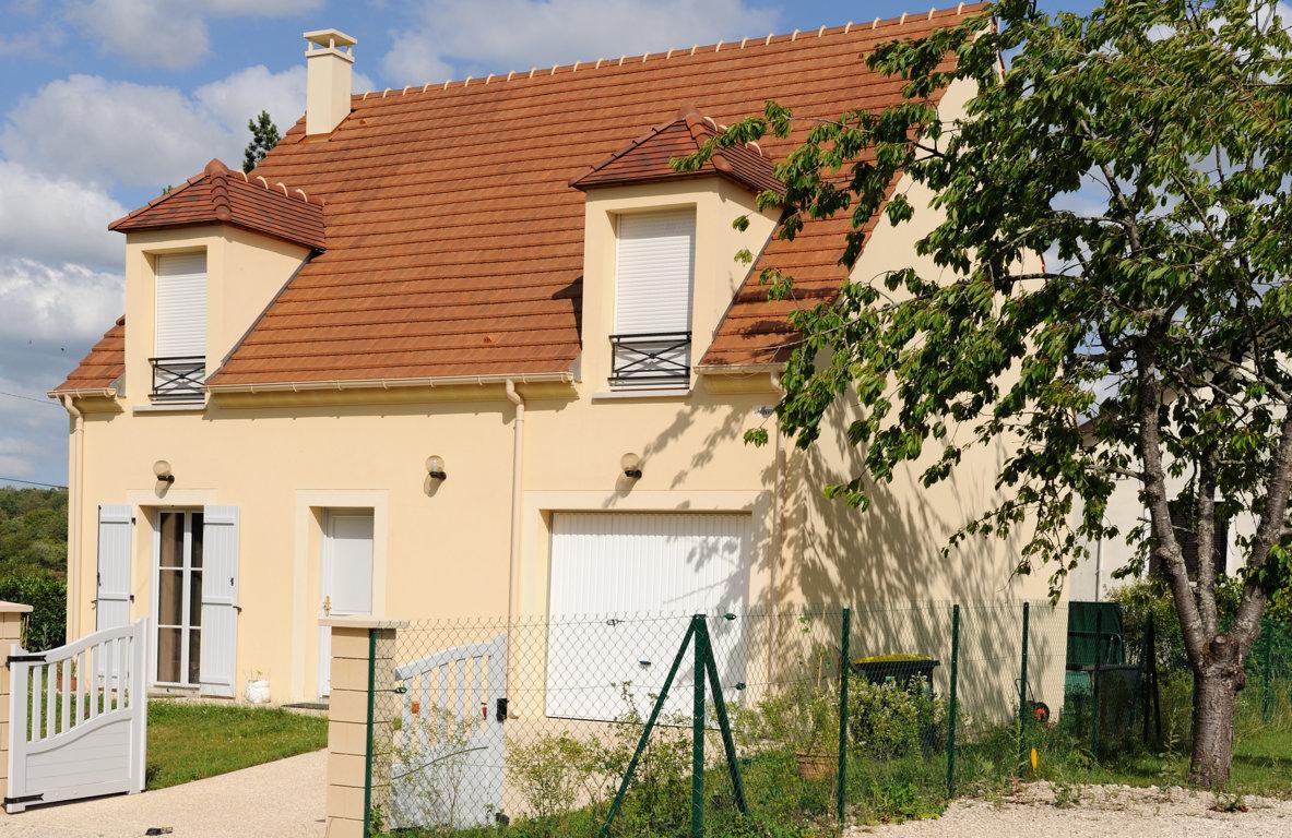 Maisons du constructeur MAISONS PIERRE • 96 m² • VAUGRIGNEUSE