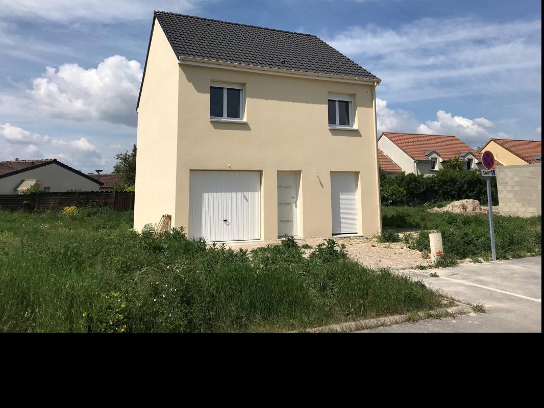 Maisons du constructeur MAISONS PIERRE MOISSY • 87 m² • LIEUSAINT