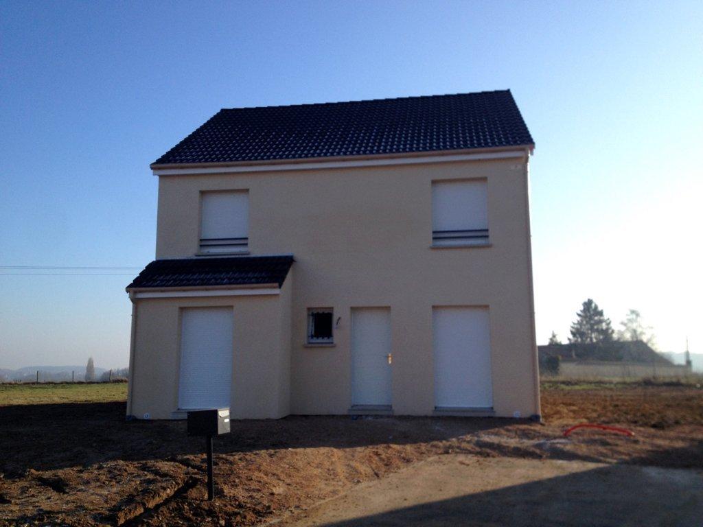Maisons du constructeur MAISONS PIERRE • 104 m² • FLEXANVILLE