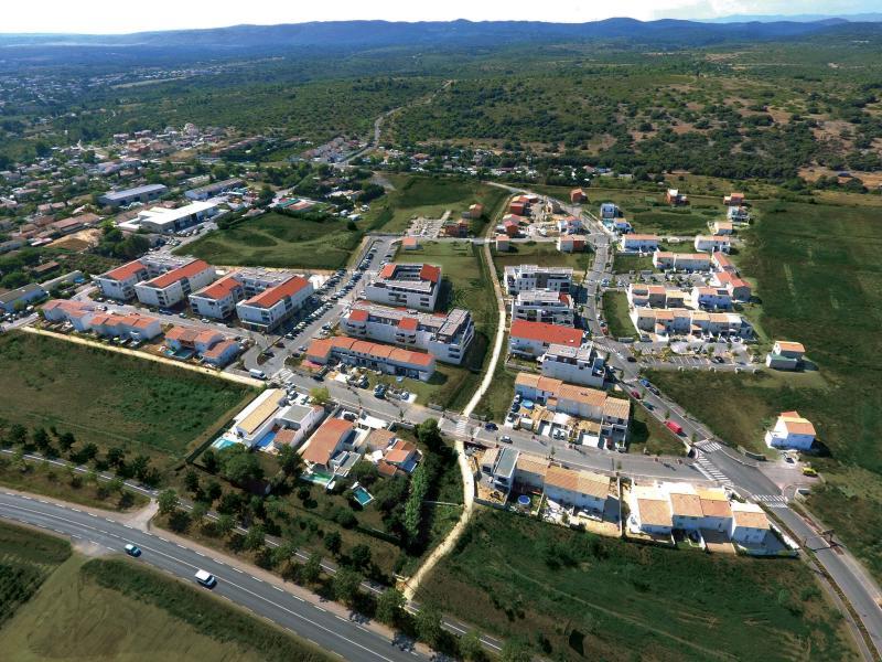 Terrains du constructeur GROUPE ANGELOTTI • 216 m² • COURNONTERRAL