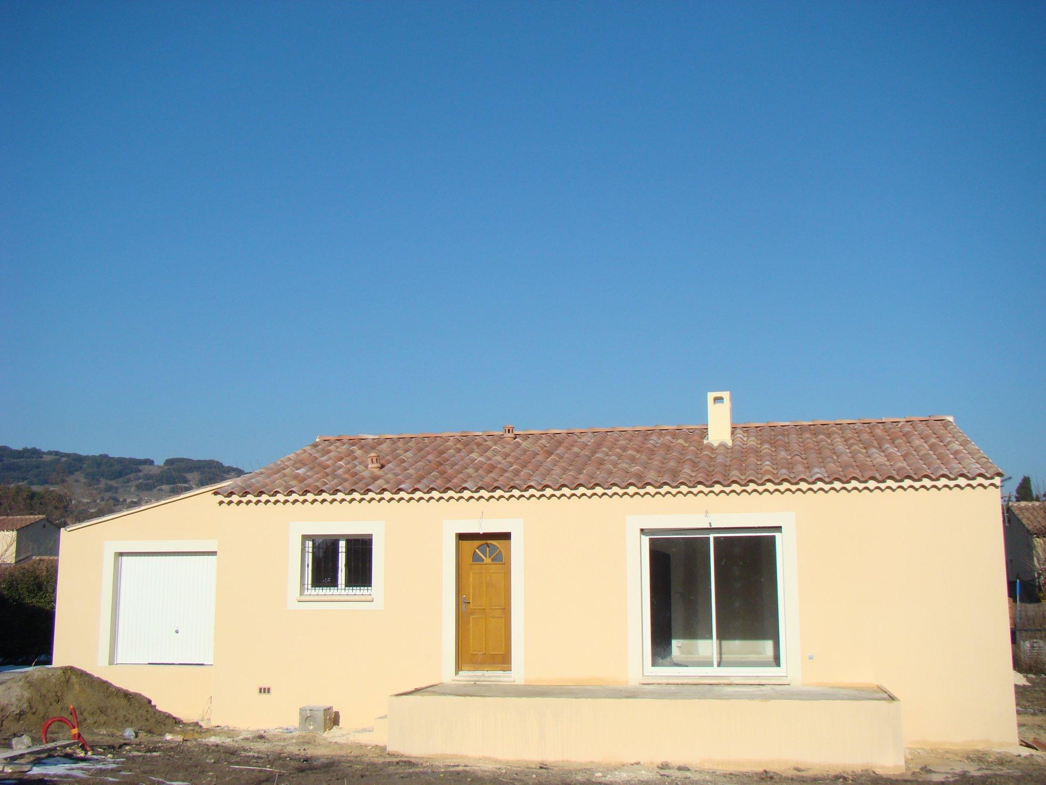 Maisons du constructeur ALPHA VILLAS • 76 m² • RASTEAU