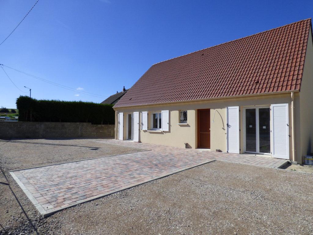 Maisons du constructeur MAISONS PIERRE AMIENS • 84 m² • CURCHY