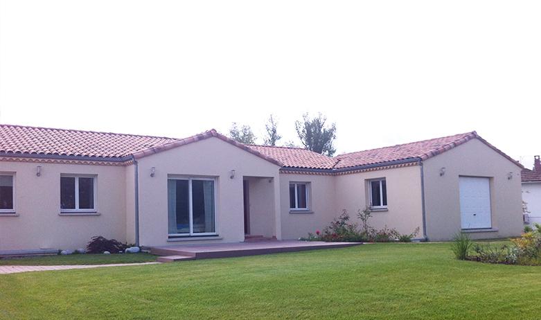 Maisons du constructeur MAISONS PIERRE AMIENS • 132 m² • PONT DE METZ