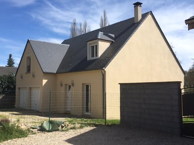 Maisons du constructeur MAISONS PIERRE • 128 m² • ROCHECORBON