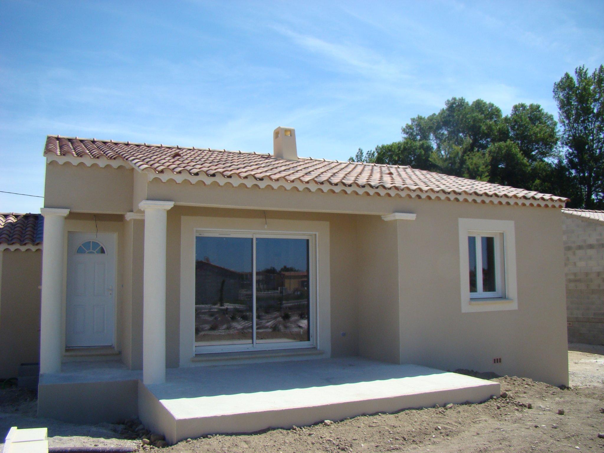 Maisons du constructeur SAS DEMEURES DE PROVENCE SUD • 85 m² • CHATEAUNEUF DE GADAGNE