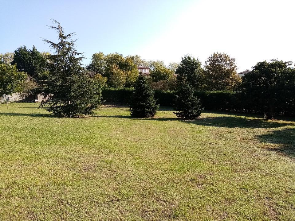 Terrains du constructeur MAISONS FRANCE CONFORT • 700 m² • AIGREFEUILLE