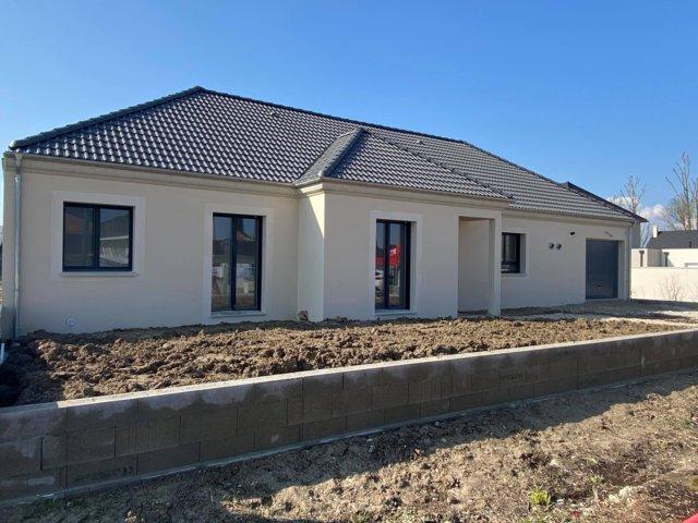 Maisons du constructeur MAISONS PIERRE • 132 m² • CHAUNY