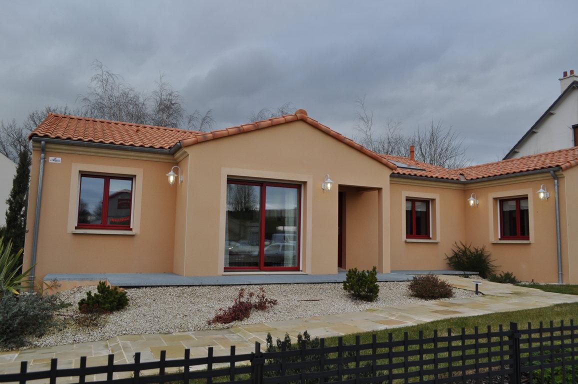 Maisons du constructeur MAISONS PIERRE • 132 m² • ESSIGNY LE GRAND