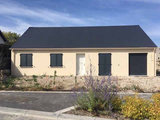 Maisons du constructeur MAISONS PIERRE • 89 m² • MEZIERES SUR OISE
