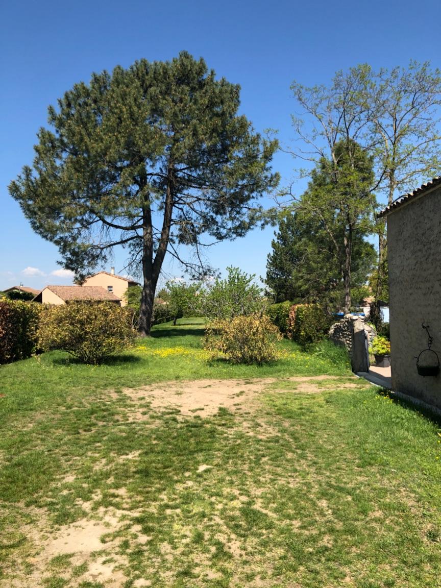 Terrains du constructeur MAISON DU DAUPHINE • 300 m² • BEAUMONT MONTEUX
