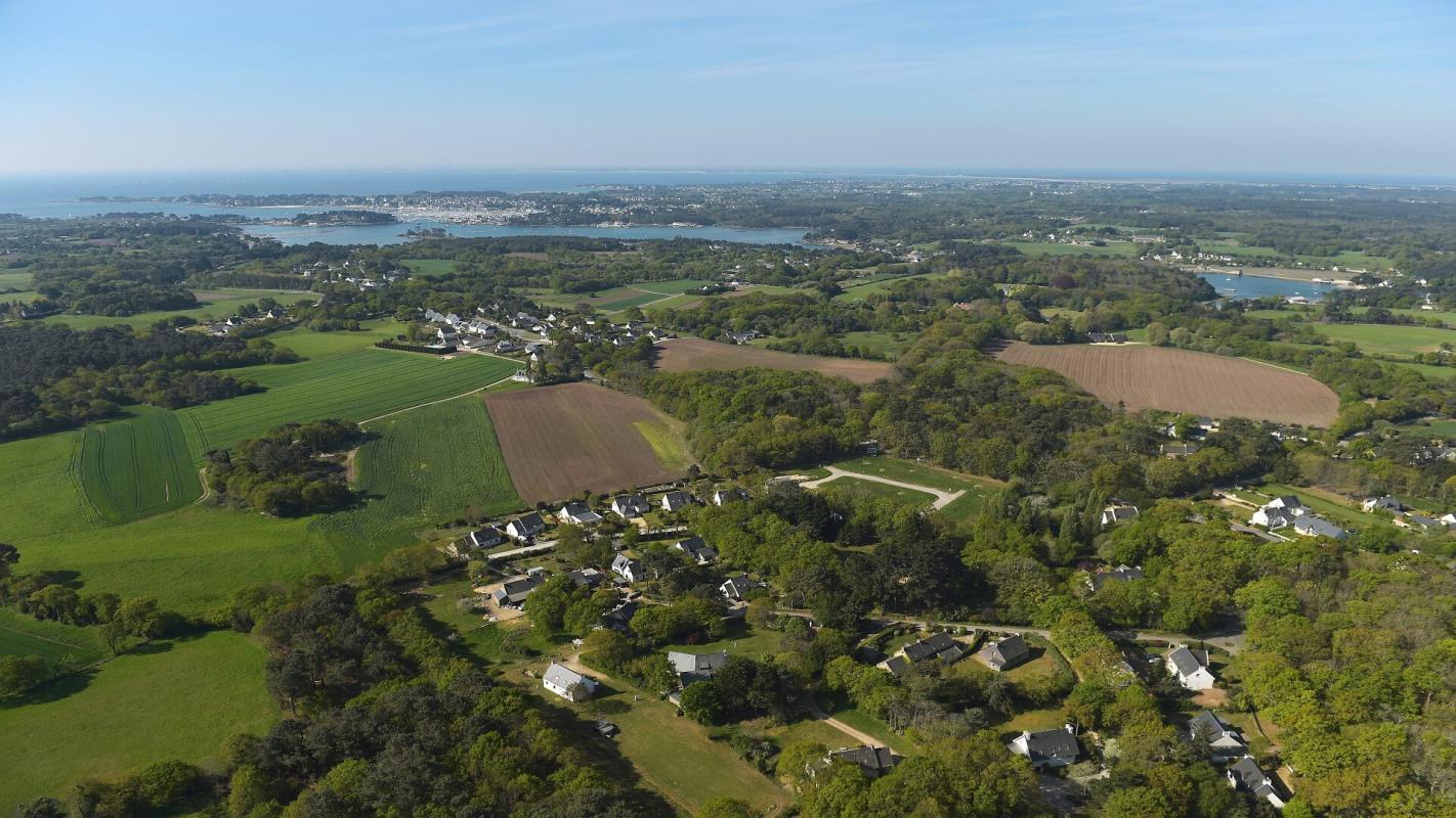 Terrains du constructeur CM - CIC AMENAGEMENT FONCIER RENNES • 645 m² • CRACH