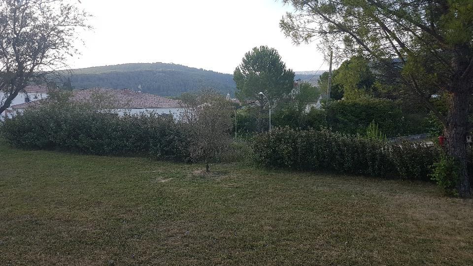Terrains du constructeur MAISONS FRANCE CONFORT • 550 m² • NANS LES PINS