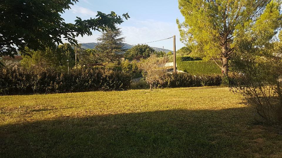 Terrains du constructeur MAISONS FRANCE CONFORT • 320 m² • SAINT ZACHARIE