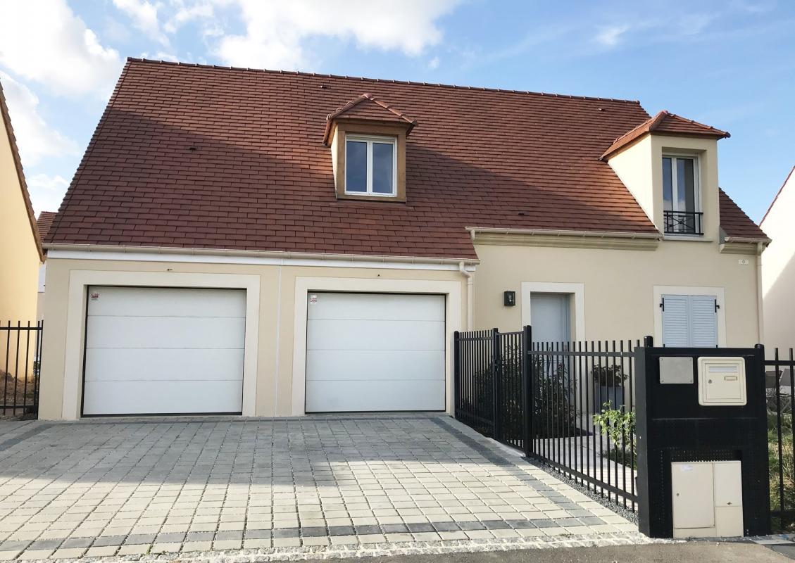 Maisons du constructeur Maisons Pierre • 107 m² • CRECY LA CHAPELLE