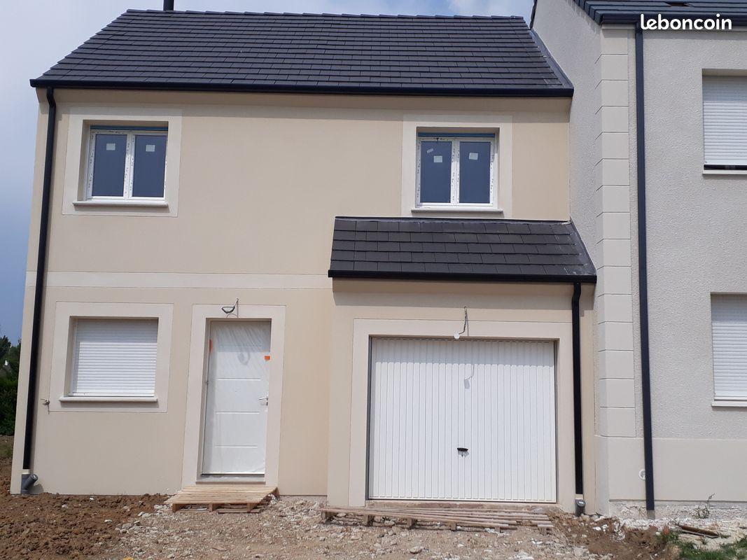 Maisons + Terrains du constructeur LES MAISONS.COM AULNAY SOUS BOIS • 86 m² • COUBRON