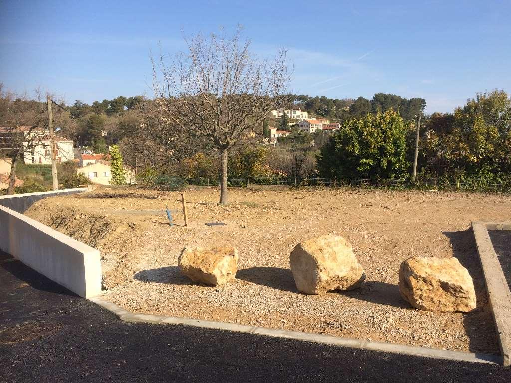 Terrains du constructeur VILLAS INDIVIDUELLES LA PROVENCALE • 258 m² • VENELLES