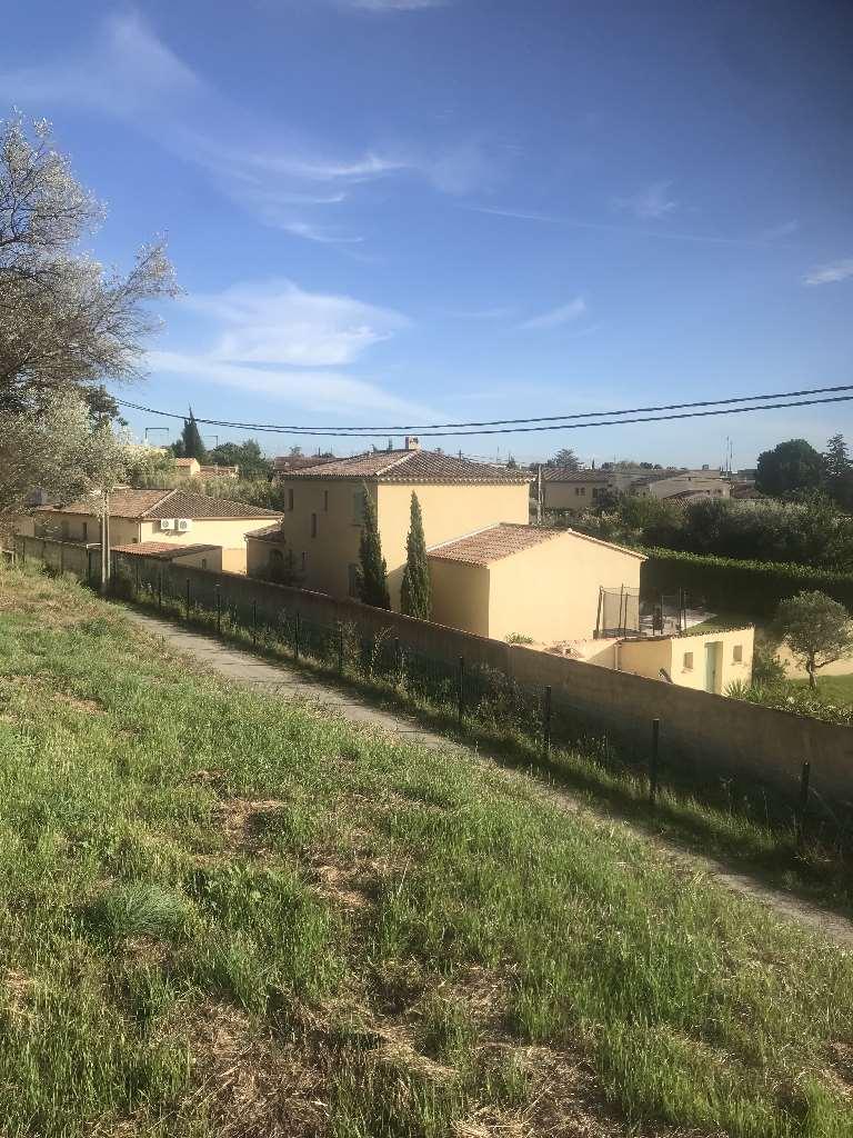 Terrains du constructeur VILLAS INDIVIDUELLES LA PROVENCALE • 334 m² • SAINT CHAMAS