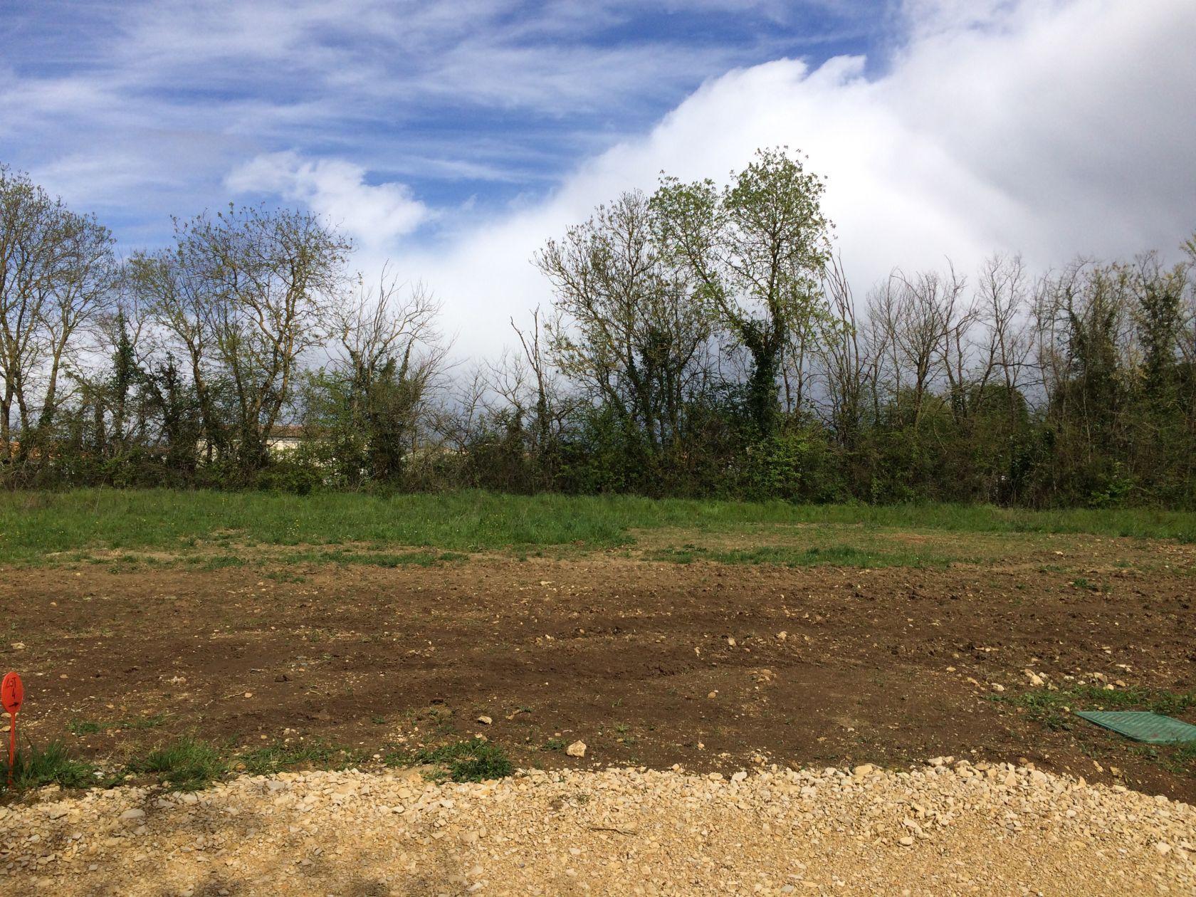 Terrains du constructeur DELRIEU CONSTRUCTION • 449 m² • AIFFRES