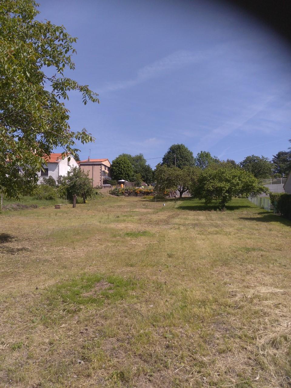Terrains du constructeur MAISONS A.B.C. • 810 m² • VOLVIC