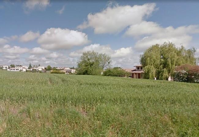Terrains du constructeur MAISONS FRANCE CONFORT • 407 m² • LAPEYROUSE FOSSAT