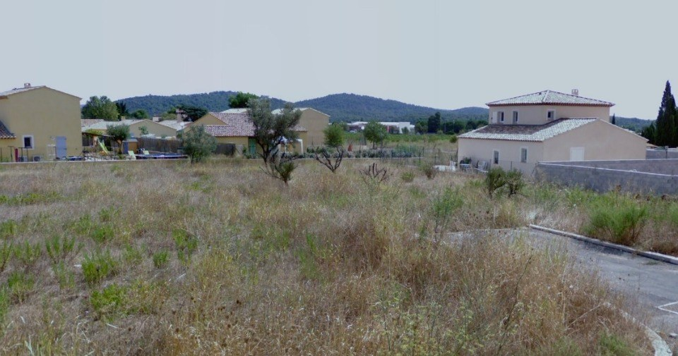 Terrains du constructeur MAISONS FRANCE CONFORT • 327 m² • CUERS