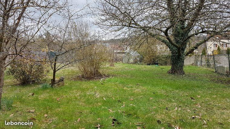 Terrains du constructeur MAISONS FRANCE CONFORT • 670 m² • AUNEUIL